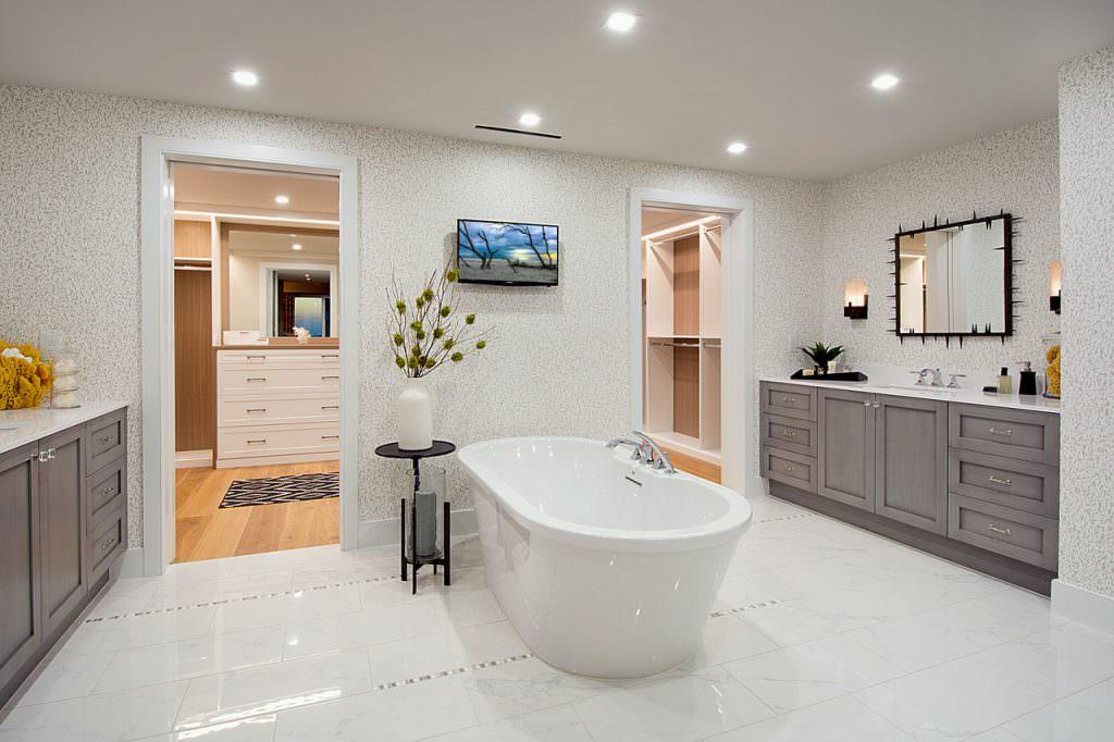 Kalea 404 Master Bath