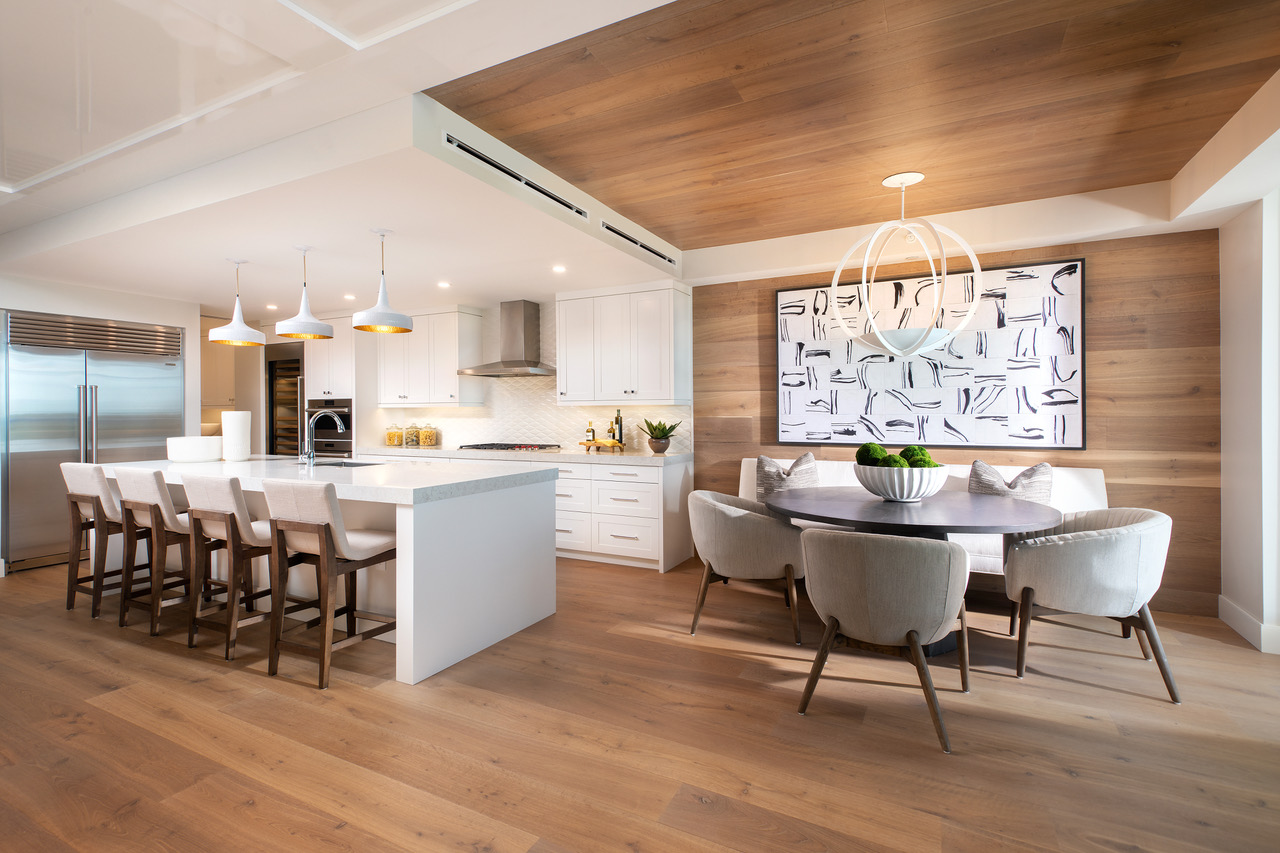 Kalea Bay Kitchen and Dining room